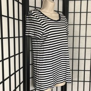 GAP 'Favorite Fit' Black & White Striped T-shirt